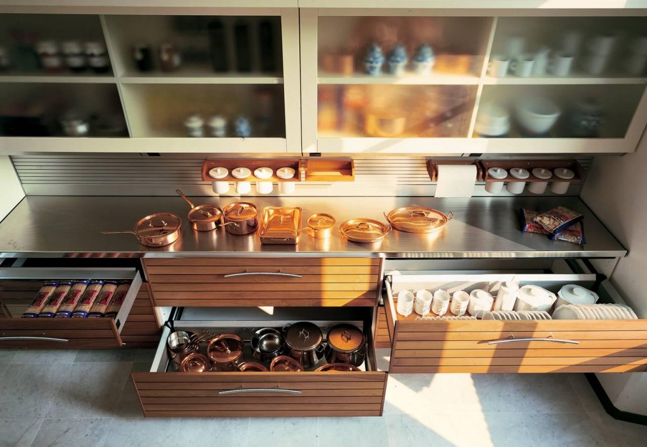 Ящики или полки — что лучше на кухне