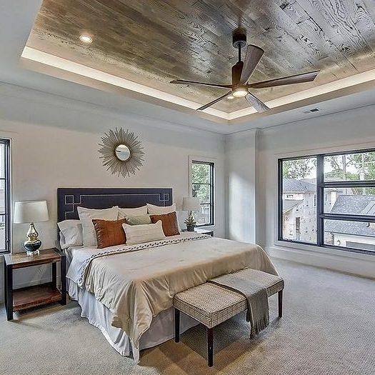 потолок из ламината в спальне