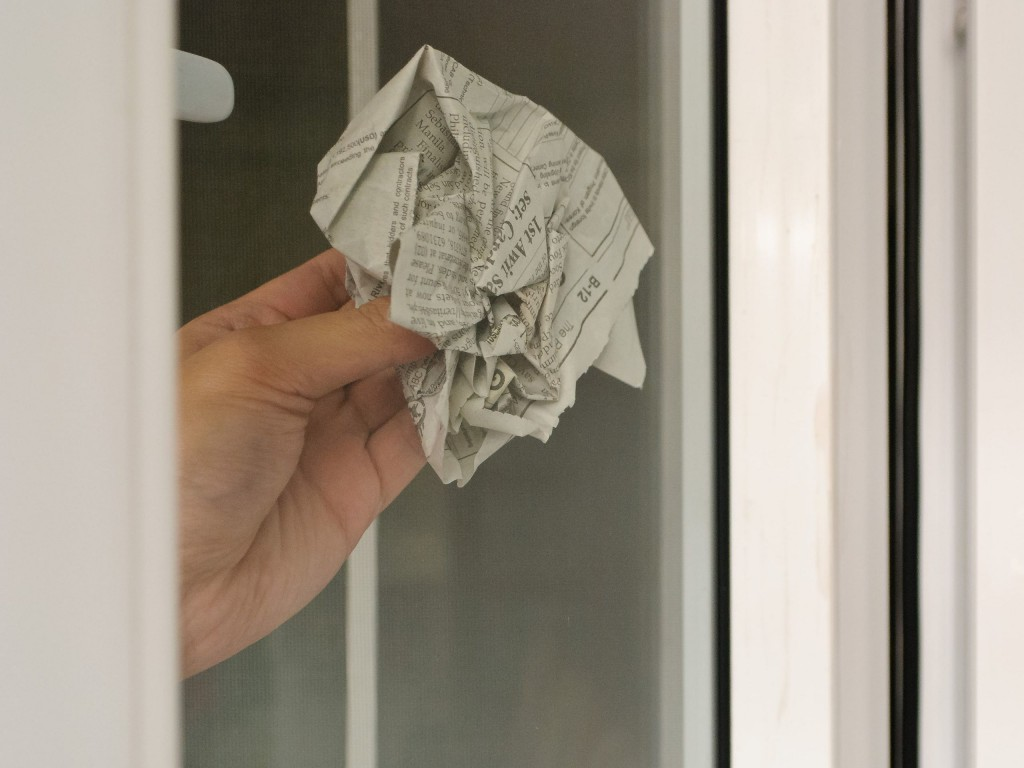 Старые газеты для мытья окон