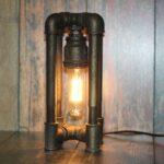9ccd2cc3706ba5b669299ecfbbkv—dlya-doma-i-interera-nastolnye-lampy-brutalnyj-svetilnik-v-st