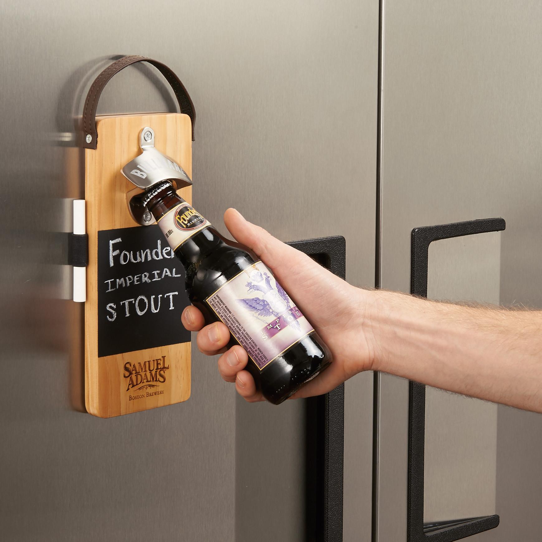 bullware-wall-mounted-wood-bottle-opener2-lee-9r98