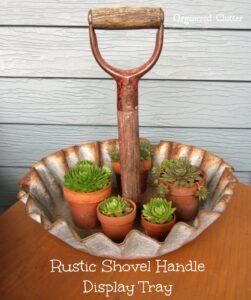 подставка для растений из старой лопаты