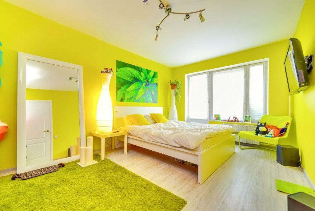 Жёлтая спальня.