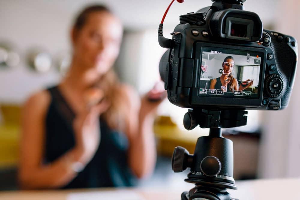 best-vlogging-cameras